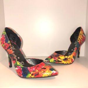 NWT Women's heels size 6 Brash Brand
